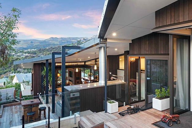 Outdoor Terrace | Newton Heights B&B