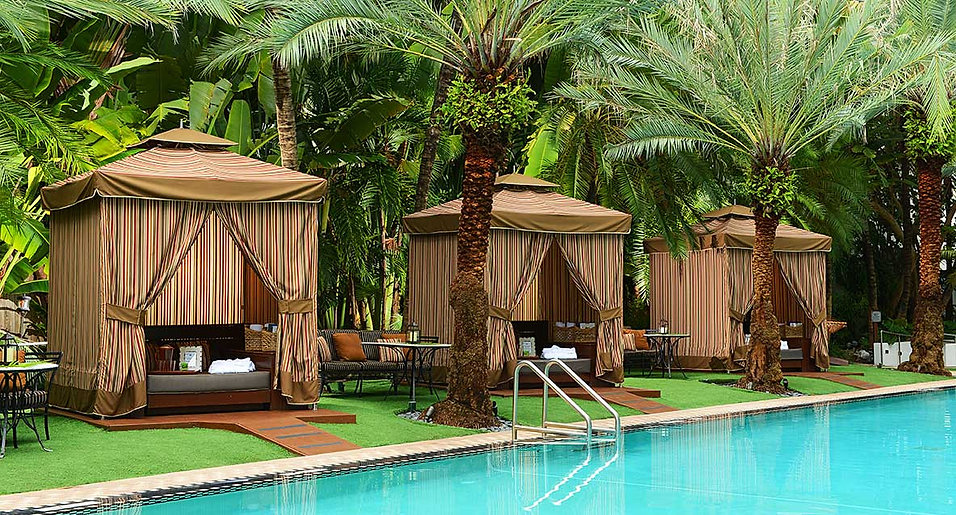 expedia-pool-cabanas.jpg