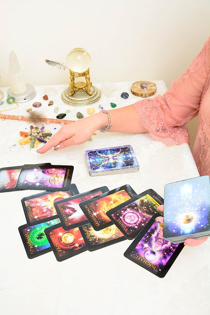 Mary Garchow - Psychic/Medium