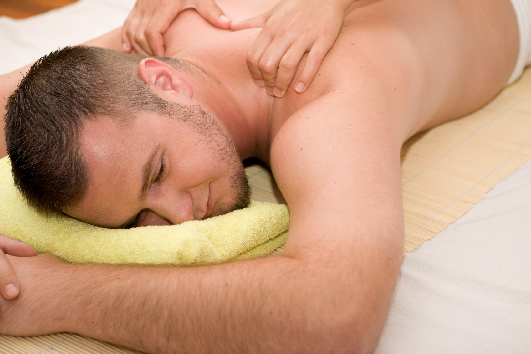 Man-massage1.jpg