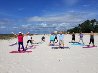 onelove beach yoga