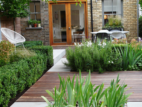 Top 5 Ways Decking Brings Order and Beauty to Your Garden