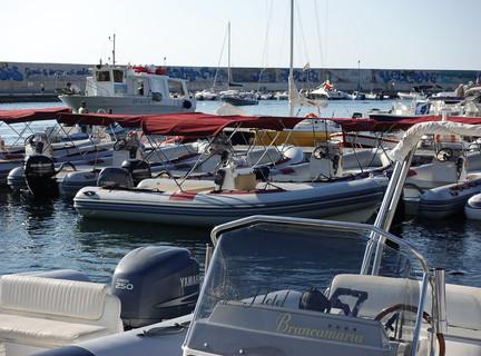 Rental Boats, Cala Gonone