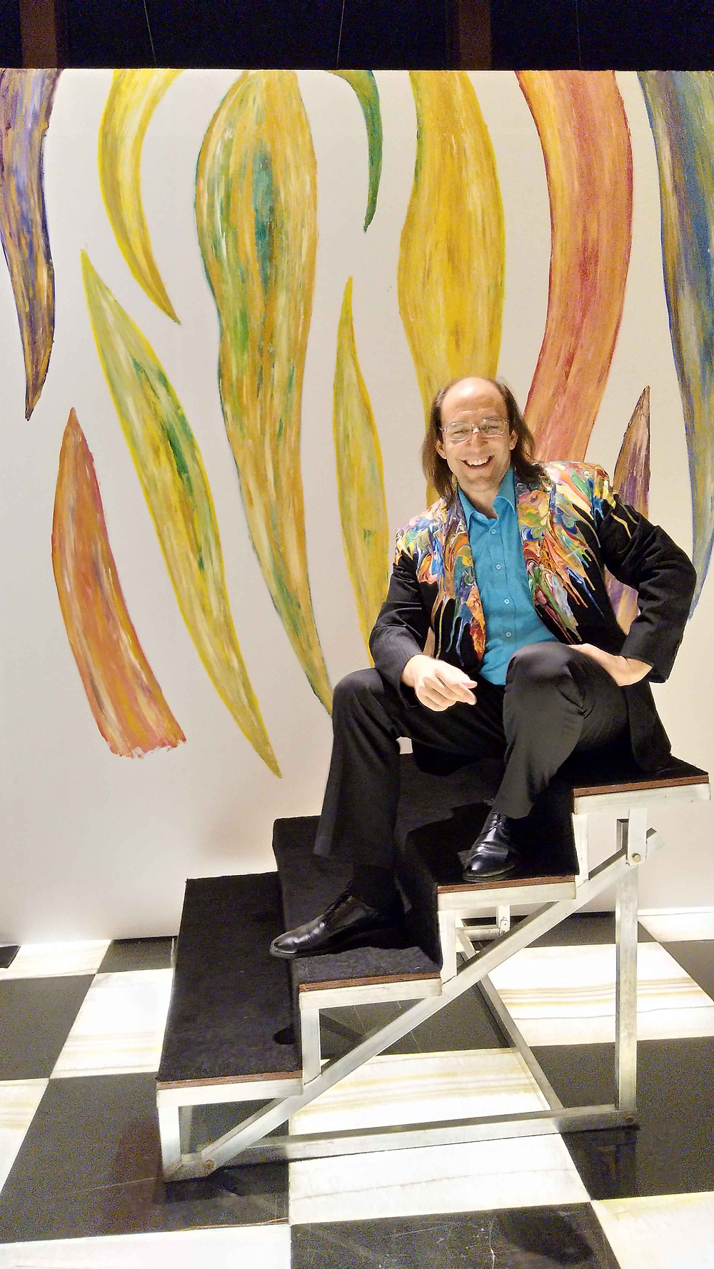 Antonio Wehrli in front of his Live painting at Armani Casa on July 21, 2017