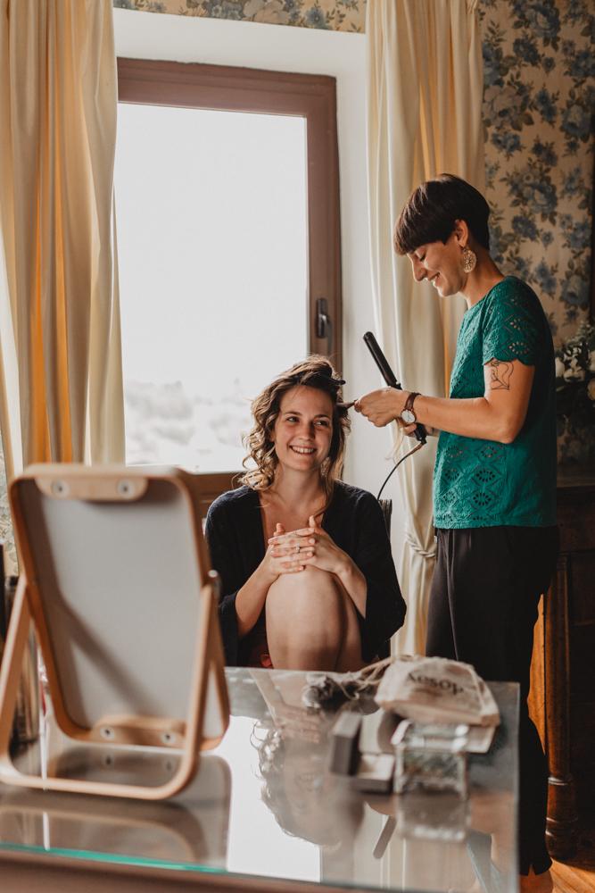 photographe mariage bohème Ardèche Rhône Alpes préparatifs coiffure maquillage