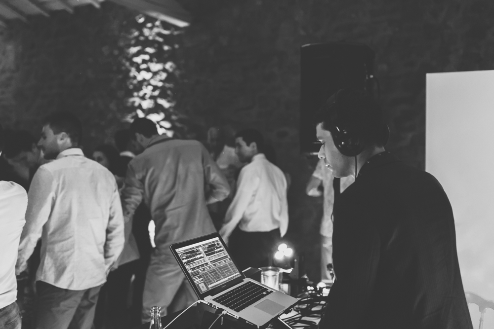 photographe mariage bohème Ardèche Rhône Alpes DJ ambiance soirée