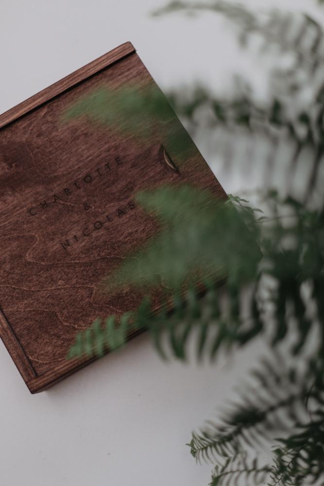 photographe mariage moody Lille coffret photo personnalisé bois gravé
