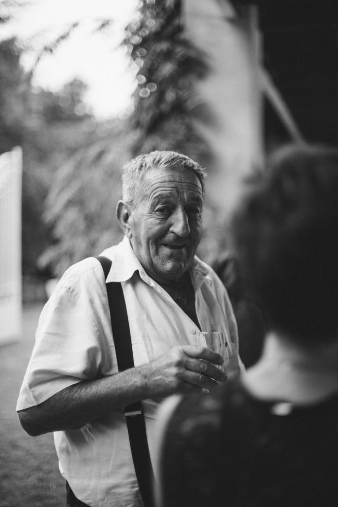 photographe mariage boho Ardèche Rhône Alpes portrait grand père