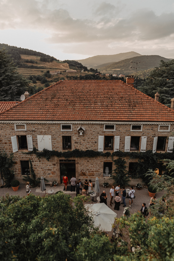 photographe mariage bohème Ardèche Rhône Alpes lancé domaine château Pralong