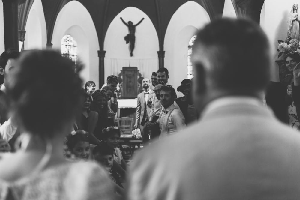 Mariage boho Nord bord de mer cérémonie laïque chapelle