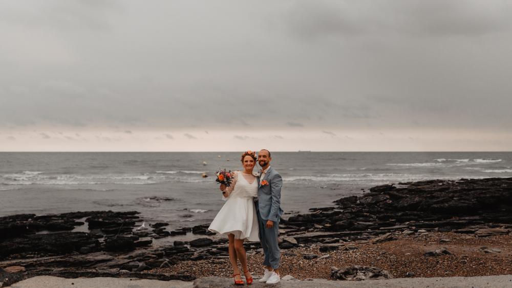 mariage boho séance couple bord de mer