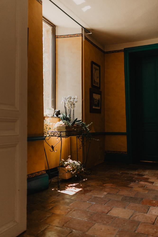 photographe mariage bohème Ardèche Rhône Alpes décoration intérieure domaine château Pralong