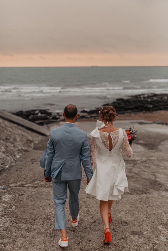 mariage bohème Nord séance couple bord de mer