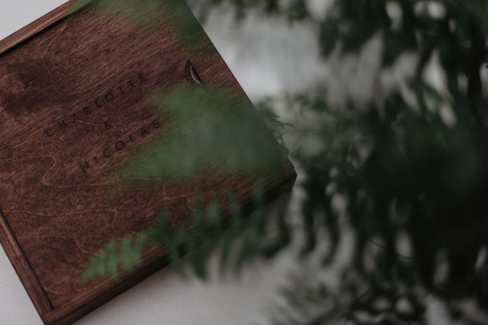 photographe mariage Lille coffret photo personnalisé bois gravé moody