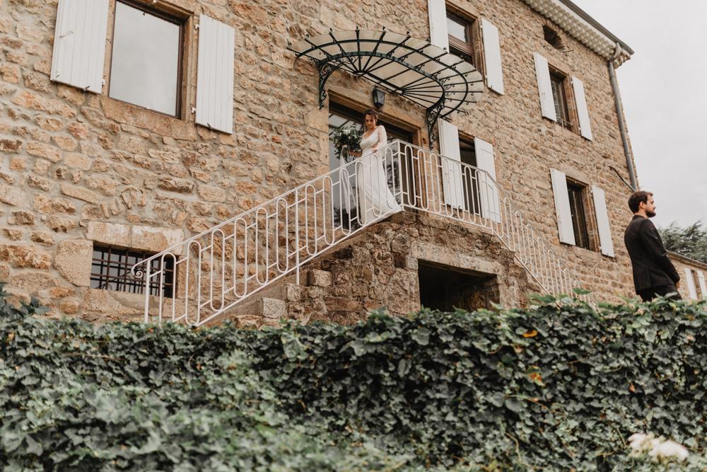 photographe mariage bohème Ardèche Rhône Alpes premier regard mariés