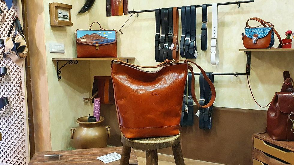 Bag / Bucket Brandy color