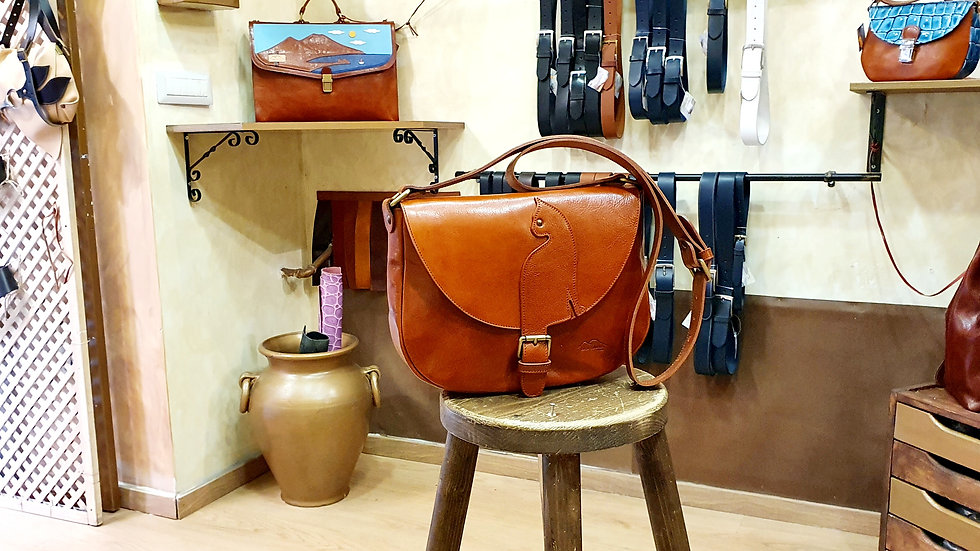 Cat  bag Brandy color