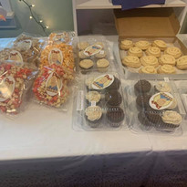 Thanks to Plug's Sweet Tooth for the dessert donations!
