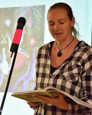 Spreken reads at the launch