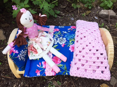 Little Lady with Pine Bed and Bed Linen - Blue