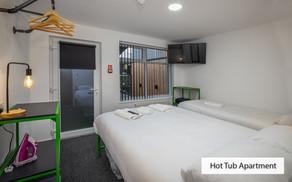 hot tub bedroom