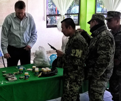 Teaching k9 detection tecniques to the Mexican Army