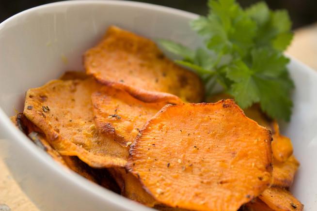 Receta: ¿Cómo preparar chips de camote?