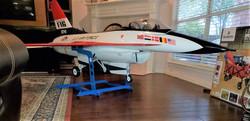 F16b.jpg