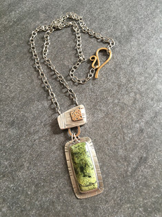 Green Serpentine Box Pendant