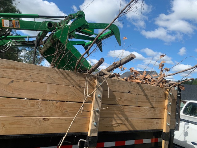 Claws above trailer.jpg