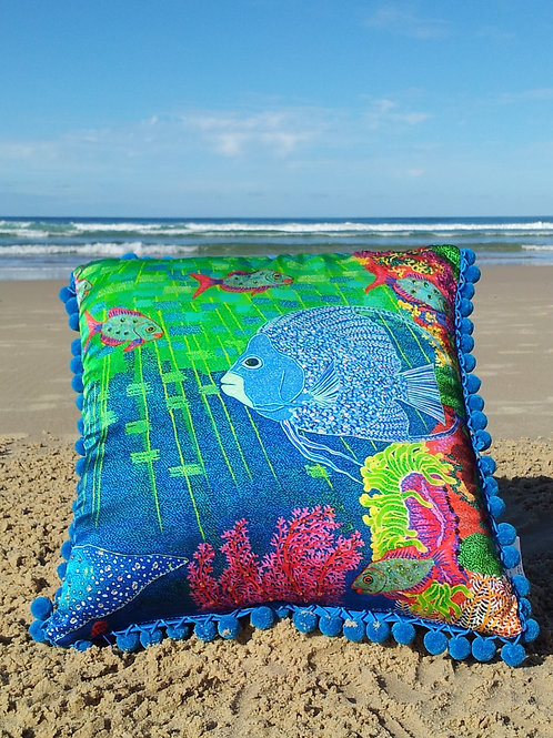Cushion Angel Fish and Mantaray - No Crystals