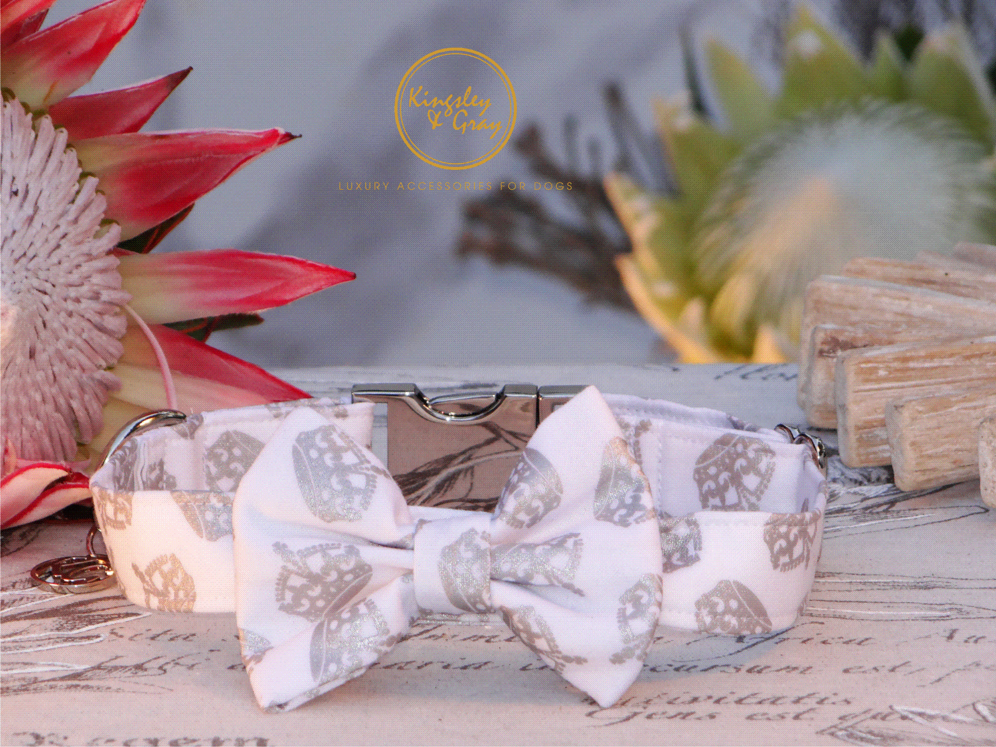 ROYAL HIGHNESS COLLAR & BOW TIE
