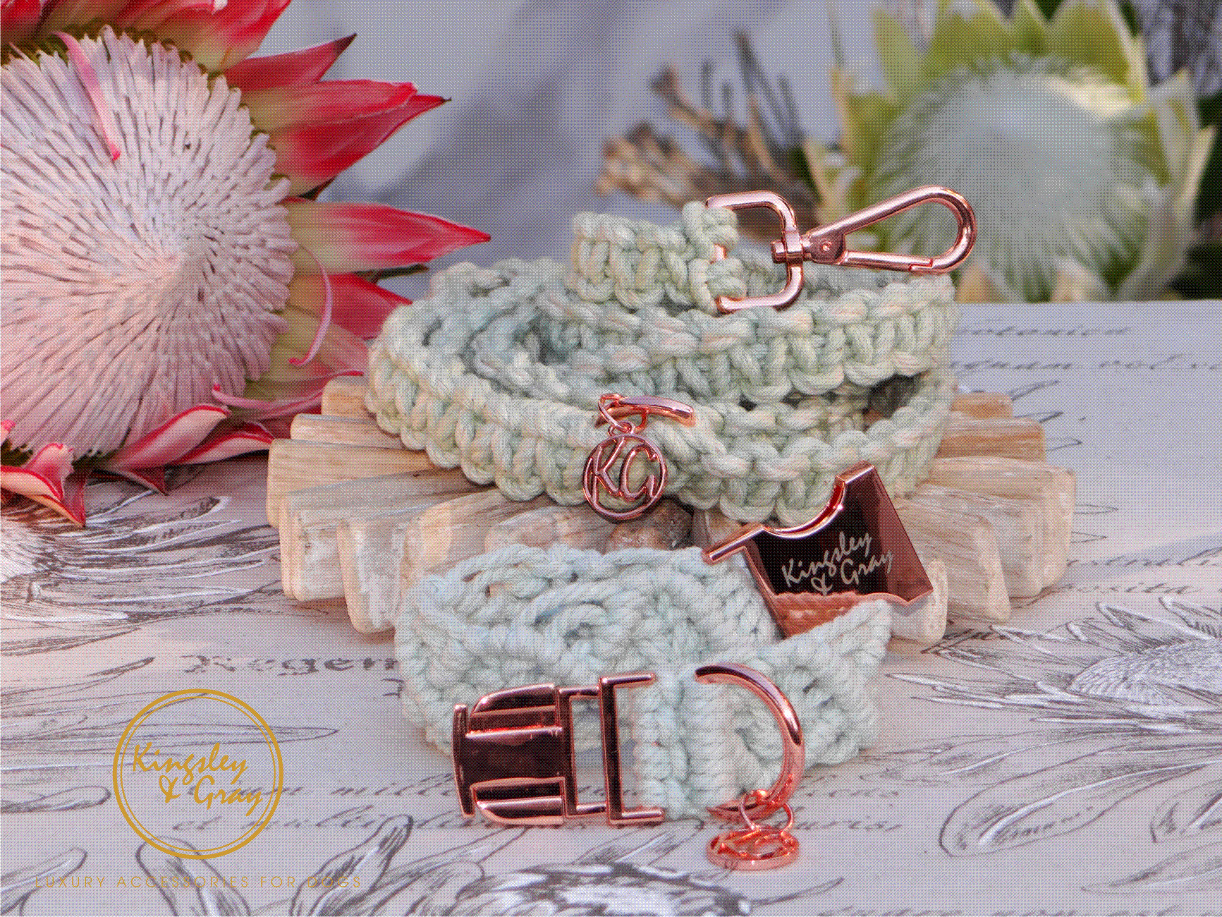 MINT ICE-CREAM DIAMOND COLLAR & AZTEC LE