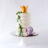 Rabbit crown cake