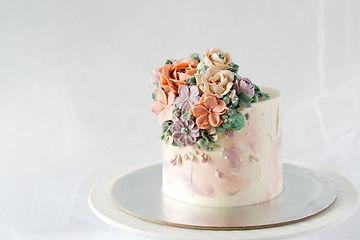 Textured flower cake