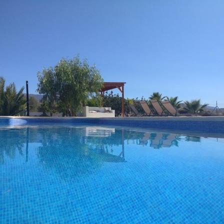 piscine cortijo oro verde Tabernas.jpg