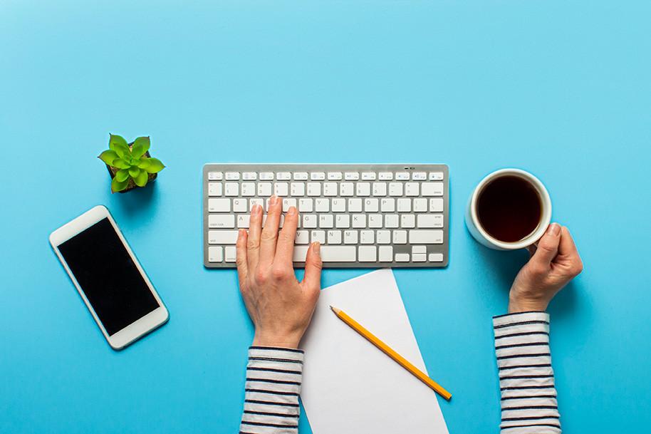 Trabalhar com conteúdo para blog é uma estratégia adotada por empresas de todos os setores, pois ajuda a atrair novos clientes e a fazer com que os antigos voltem mais vezes.
