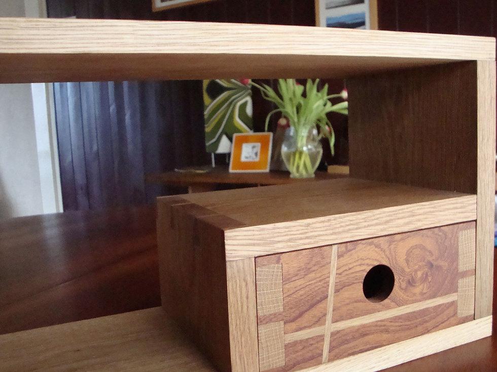 oak dovetail drawer 1.JPG