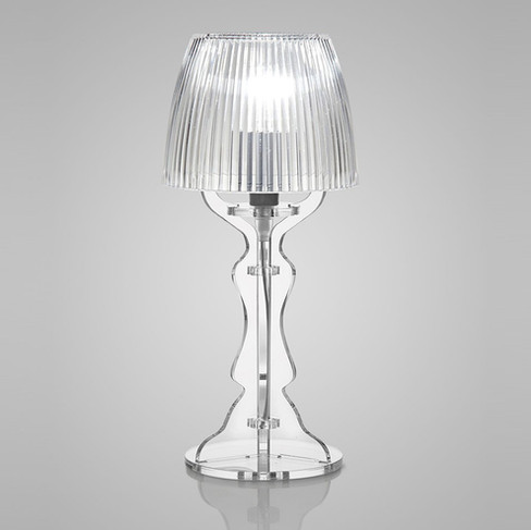 lampada da tavolo o comodino