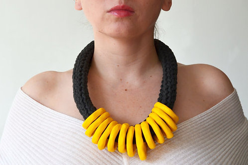 AFRICAN ETHNIC NECKLACE - YELLOW