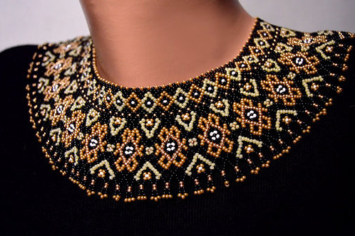 TRADITIONAL UKRAINIAN NECKLACE - BLACK