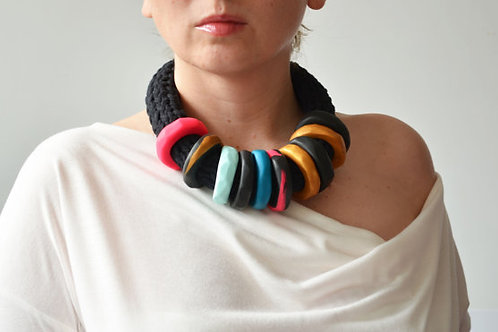 AFRICAN ETHNIC NECKLACE - MULTICOLOR
