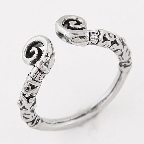 OXIDIZED SILVER OPEN RING