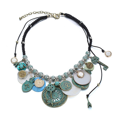 GREEN COIN VINTAGE NECKLACE