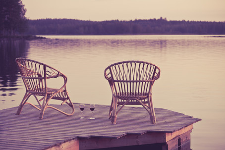 Top 4 Wine Essentials to Make Your Cottage Visits that Much Better