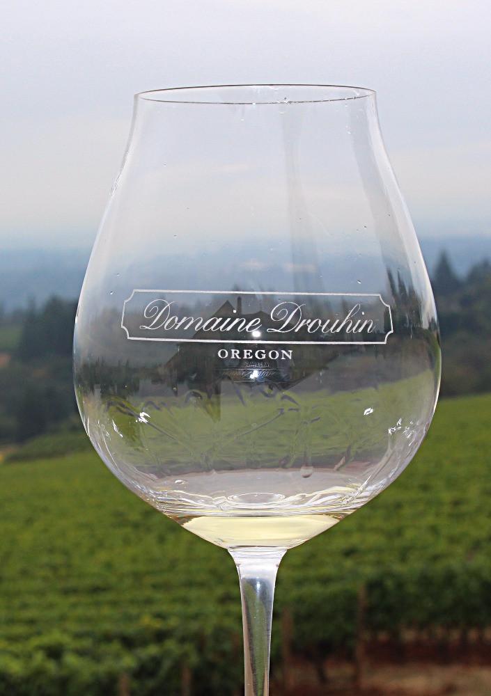 """Legs"" in White Wine"