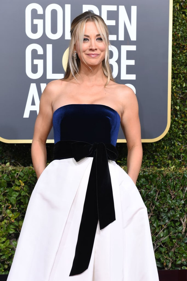 Kaley-Cuoco-Dress-2019-Golden-Globes.jpg