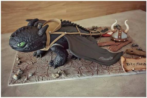 dragon cake.jpg