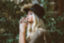 josiane-blonde.jpg