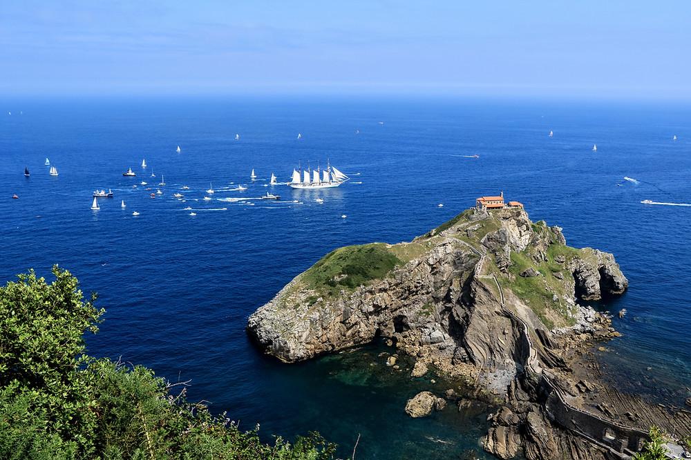 Побережье Бискайи: остров Гастелугаче (Страна Басков, Испания)